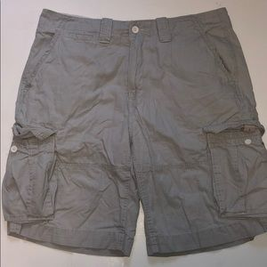 Nautica Jeans light Grey cargo shorts guys 34